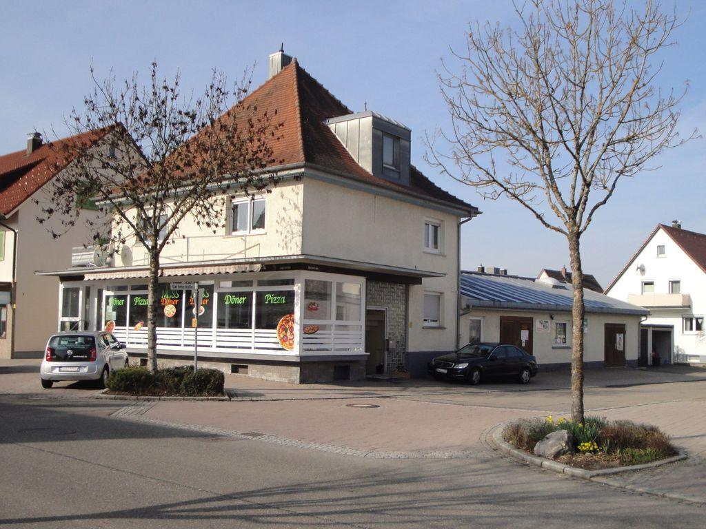 Nord-Ost-Ansicht mit Werkstatt