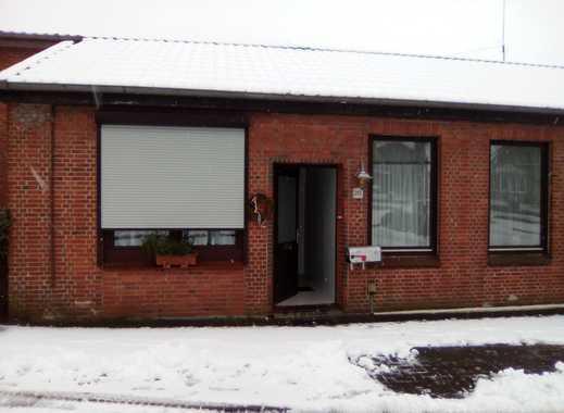 Schöne drei Zimmer Wohnung in Steinburg (Kreis), Wacken mit separatem Eingang
