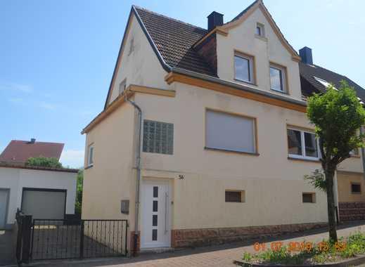 Schönes Haus mit fünf Zimmern, beheiztem Wintergarten und Garten im Saarpfalz-Kreis, Bexbach