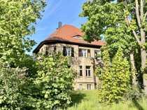 denkmalgeschützte unsanierte Villa in guter