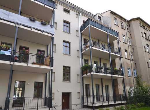 Willkommen Zuhause! Exklusive 3 Zimmer mit Parkett, FB-Heizung & Balkon