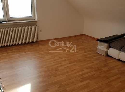Schöne  zwei Zimmerwohnung  mit 75 m² zu vermieten in Saarbrücken !
