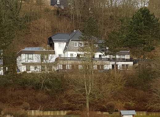 Topgepflegtes Mehrfamilienhaus (3 Wohneinheiten) Auf Großem Grundstück Mit  Schöner Aussicht!