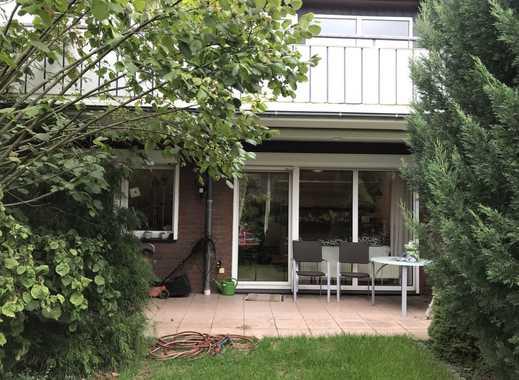 schöne 2 Zimmerwohnung mit Einbauküche und Eßtresen, Terrasse, Garten, Garage, Keller