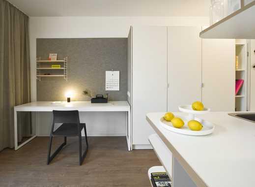 ganz oben wohnen, helle schöne Studentenwohnung STUDIO HOUSE BERLIN