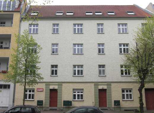 TOP FÜR SINGLES: ANSPRECHENDE 1-ZIMMER-WOHNUNG IN BEVORZUGTEM STADTTEIL ORANIENBURGS nahe Lehnitzsee