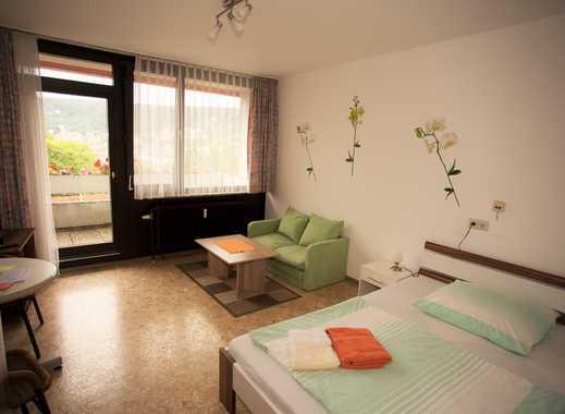 Gästezimmer mit eigenen Balkon, eigener Küchenzeile, eigenes Wc, TV, Etagendusche, Waschmaschine, Tr