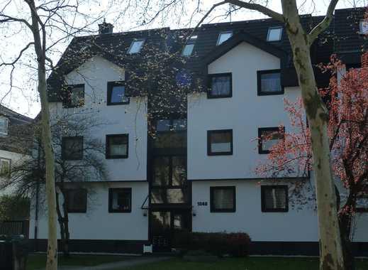 Hochwertige 3-Zimmer-Hochparterre-Wohnung mit Balkon - Hervorragende Lage