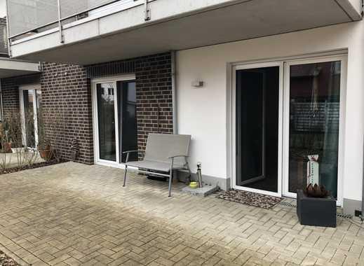 Barrierefreie, neuwertige Wohnung inklusive Terrasse und Carport in ruhiger Wohnlage von