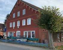 Bauernhaus mit drei Wohnungen Garage