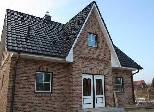 KFW 55 Einfamilienhaus in idyllischer Lage nahe der Stadt Eutin!