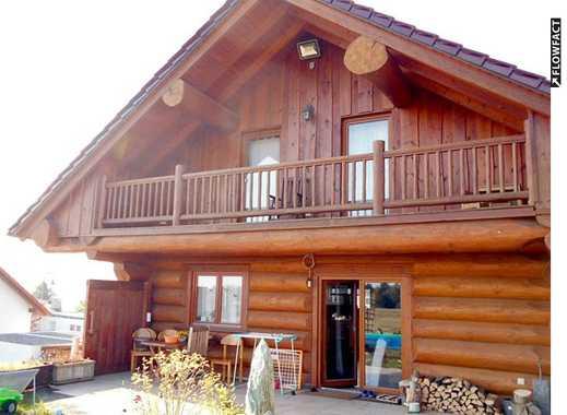Hochwertiges 5-Zi-EFH - Holzstammhaus  mit Kamin, Garten, Carport und Einliegerwohnung - neuwertig!