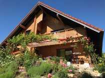 Schönes Holzblockhaus mit sieben Zimmern
