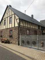 Liebevoll renoviertes Ein- oder Mehrfamilienhaus