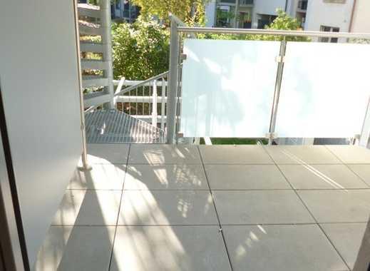 Sie suchen ein schönes Appartement, möbliert, mit Balkon und in zentraler Lage?  Haben wir!