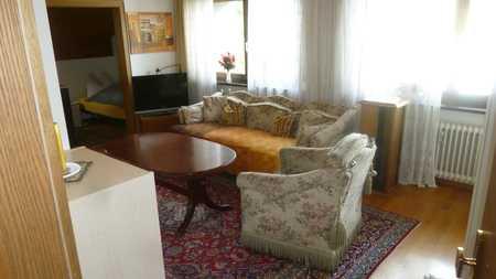 Möbliertes 1,5-Zimmer-Appartement in Gilching/S-Bahn-Anschluß in Gilching (Starnberg)