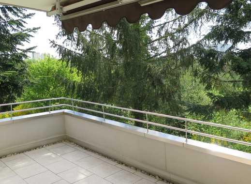 Gepflegte 3,5-Zimmer-Hochparterre-Wohnung mit Balkon und EBK in Stuttgart Möhringen