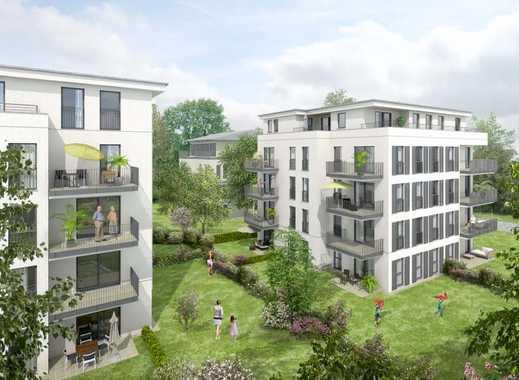 * Moderne Dachgeschoss-Wohnung mit großem Balkon nach Westen und Kaminoption *