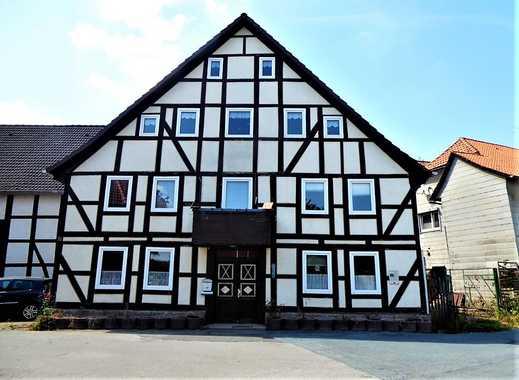 Sanierungsbedürftiges Fachwerkhaus mit Anbau in historischem Ortskern