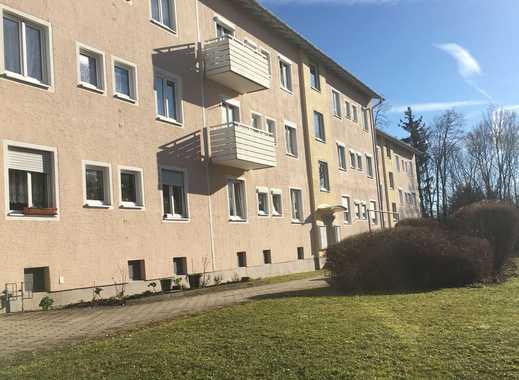 Modernisierte 1,5-Zimmer-Hochparterre-Wohnung mit neuer Einbauküche in Kempten (Allgäu)