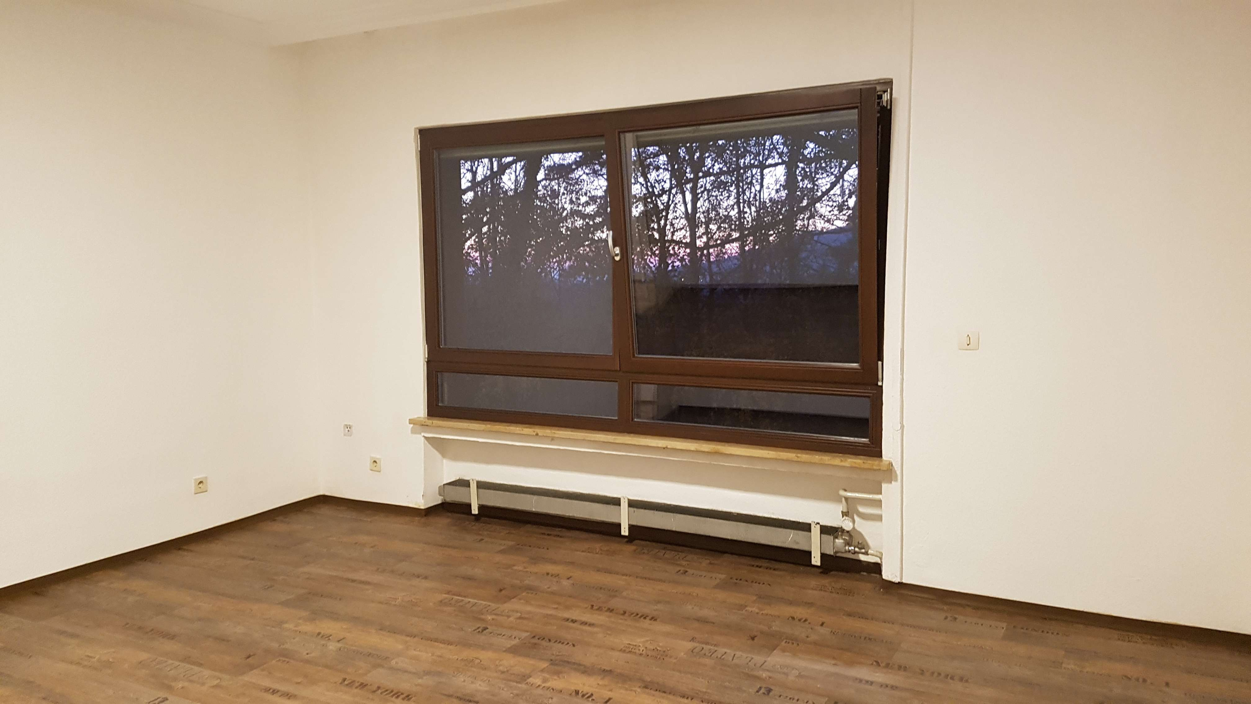 1-Zimmer-Wohnung mit Pkw-Stellplartz und Gartennutzung in ruhiger Wohnlagebei Neumarkt