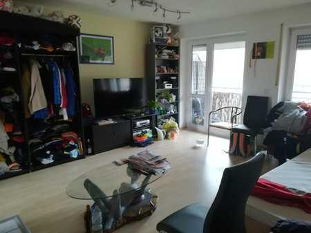 Gepflegte 1-Zimmer-Wohnung mit Balkon und Einbauküche in Rednitzhembach in Rednitzhembach