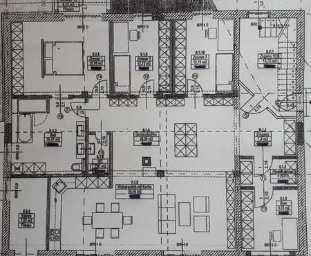 5 1/2 Zi.EG Wohnung 150 qm in Obertraubling, ruhige Wohnlage/Nebenstr. in Obertraubling