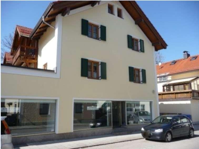 Schön + ruhig - 3 Zimmer-Dachgalerie-Wohnung 115 m² -  mit großem Südbalkon - mitten in Hausham in Hausham
