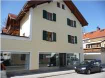 Schön ruhig - 3 Zimmer-Dachgalerie-Wohnung 115 m²