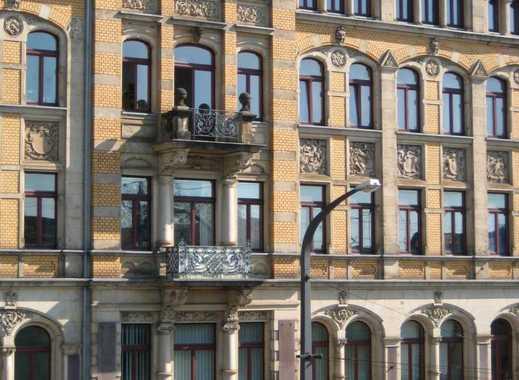 Großzügig Wohnen in der neuen Mitte von Dresde im sanierten Altbau.