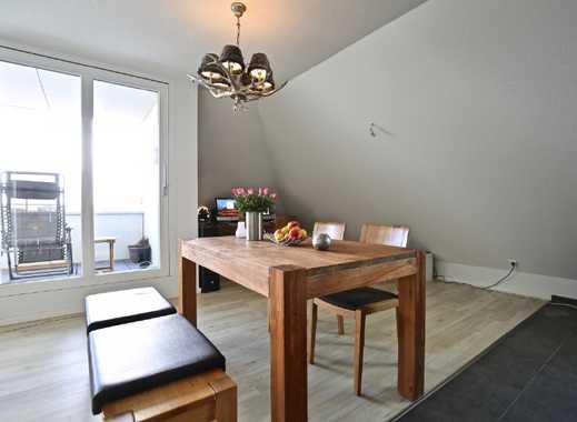 Vermietete Dachgeschoss-Wohnung mit Wertsteigerungspotenzial!