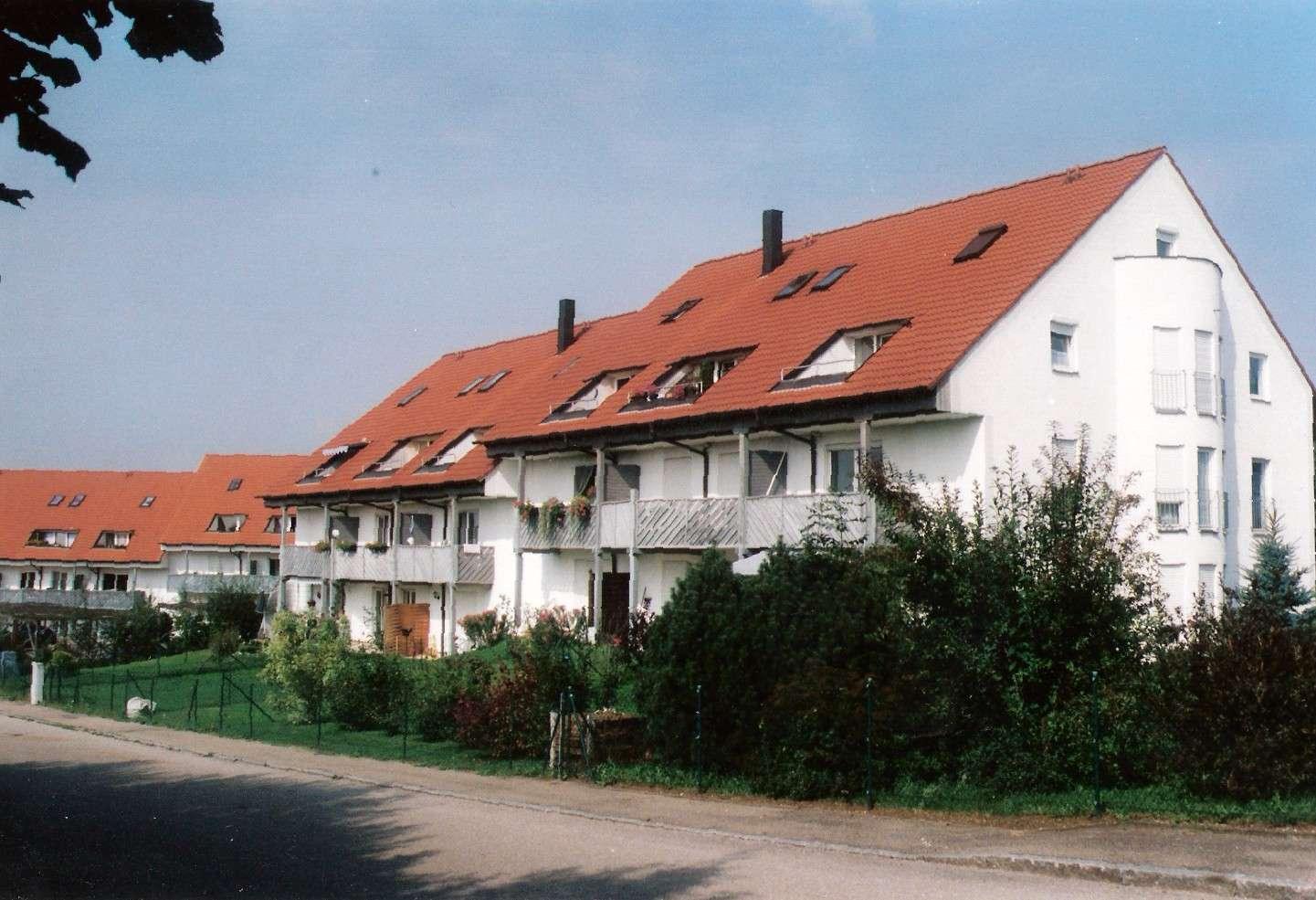 2 Zimmer Wohnung mit Doppelparkerstellplatz und Kellerraum in Jettingen-Scheppach in