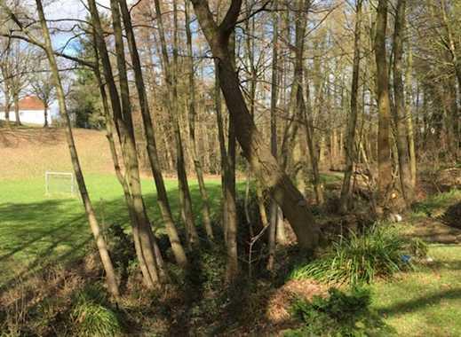 Ruhig + zentral an altem Baumbestand und Bachlauf