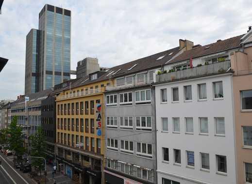 2 Zimmer City Wohnung mit tollem Balkon und Gäste WC auf der Friedrichstraße!