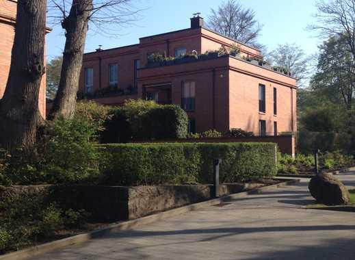 Exklusives Wohnen am Alsterlauf mit Terrasse + Garten