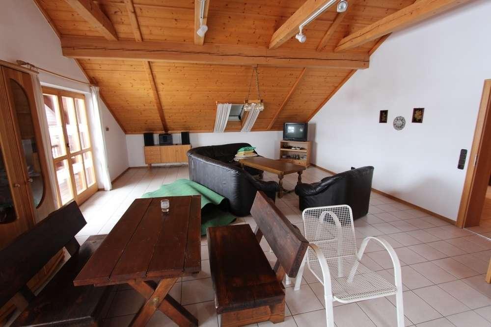 4-Zimmer Dachgeschoss Wohnung in Aussernzell