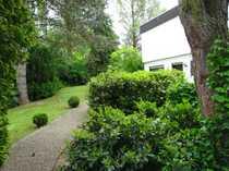 Grosszügiger Bungalow in parkähnlichem angelegten