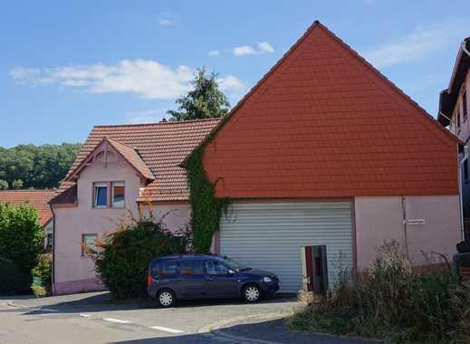 Einfamilienhaus mit Scheune in Rothselberg, Kreis Kusel, mit barrierefreiem Erdgeschoß.