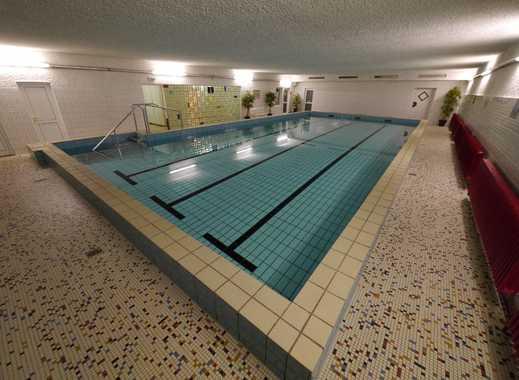 Attraktive Gelegenheit in Essen-Burgaltendorf 4 Zimmer - Balkon, Parkettboden, Schwimmbad/Sauna