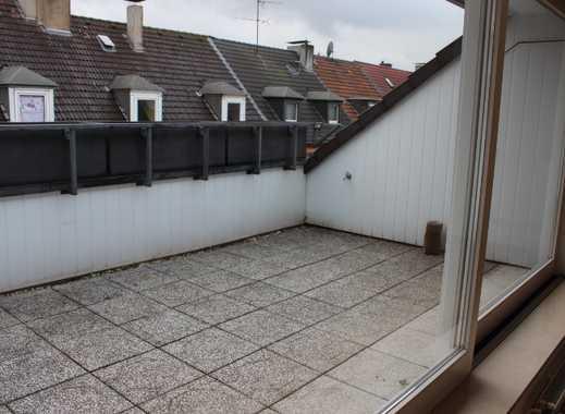 3,5-Raum-DG-Wohnung mit gr. Balkon und PKW-Außenstellplatz