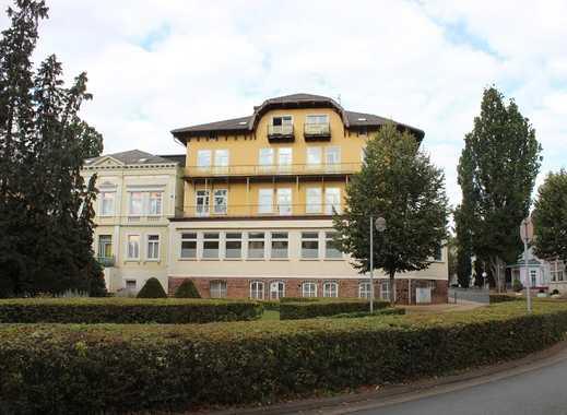Investoren aufgepasst! Historische Immobilie in Bestlage am Kurpark Bad Pyrmont