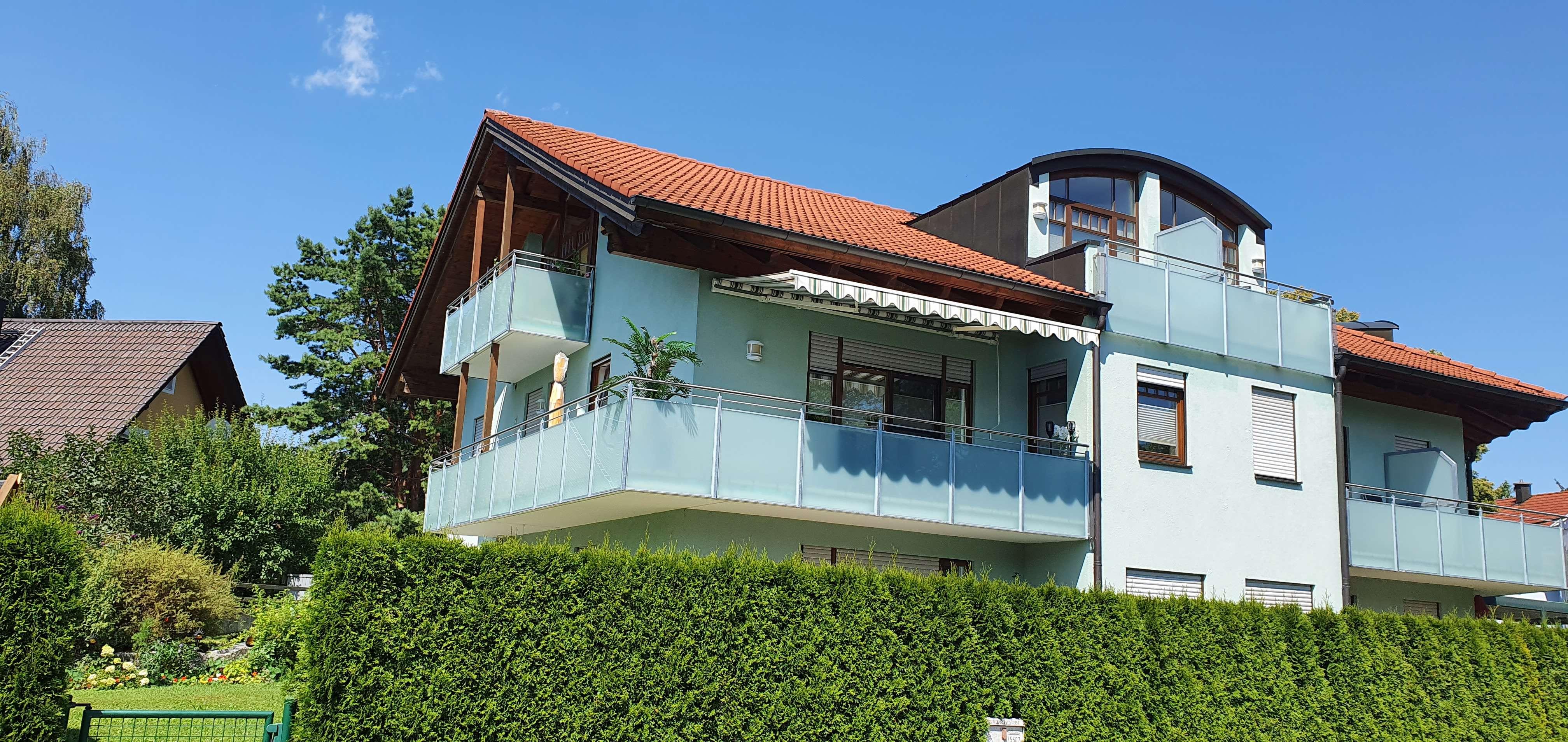 Helle 3-Zimmer-Wohnung mit großem Balkon in Freilassing in