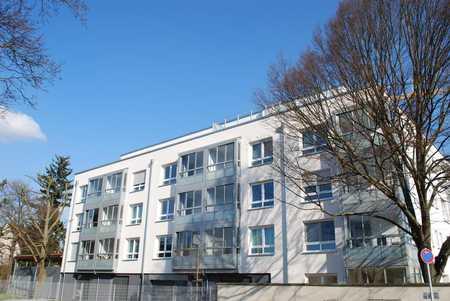 2-Zimmer-Penthouse-Wohnung für Senioren über 60 in Schweinau (Nürnberg)