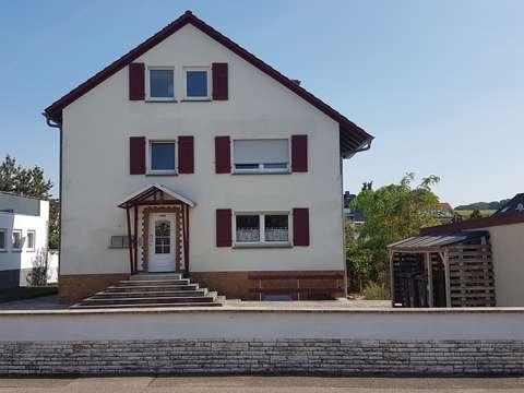 Sinsheim Weiler Wohnung Mit Loggia Kleinem Garten Und Garage Zu Vermieten