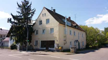 großzügige, gut geschnittene 5-Zimmer Wohnung im 2.OG, Nähe Ortsmitte in Geisenfeld