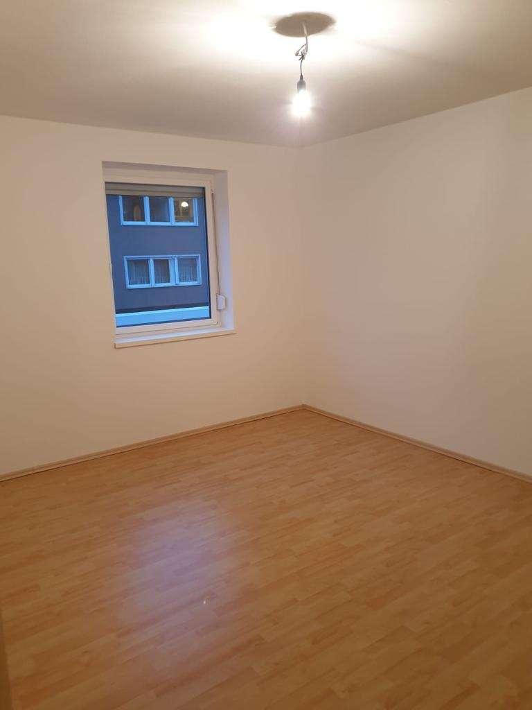 Erstbezug nach Sanierung mit Einbauküche: exklusive 1-Zimmer-Wohnung in Aschaffenburg in Damm (Aschaffenburg)