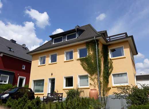Freistehendes Haus mit 2 Wohneinheiten und Werkstatt