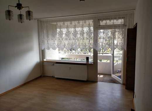 Vollständig renovierte 1-Zimmer-Wohnung mit Balkon und EBK in Hemmingen