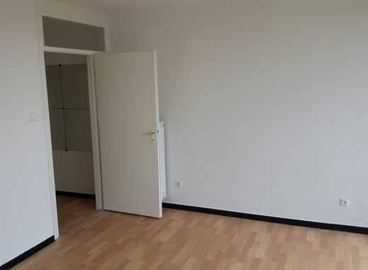 Lichtdurchflutete 1-Zimmer-Wohnung mit Weitblick über Mönchengladbach-Zentrum