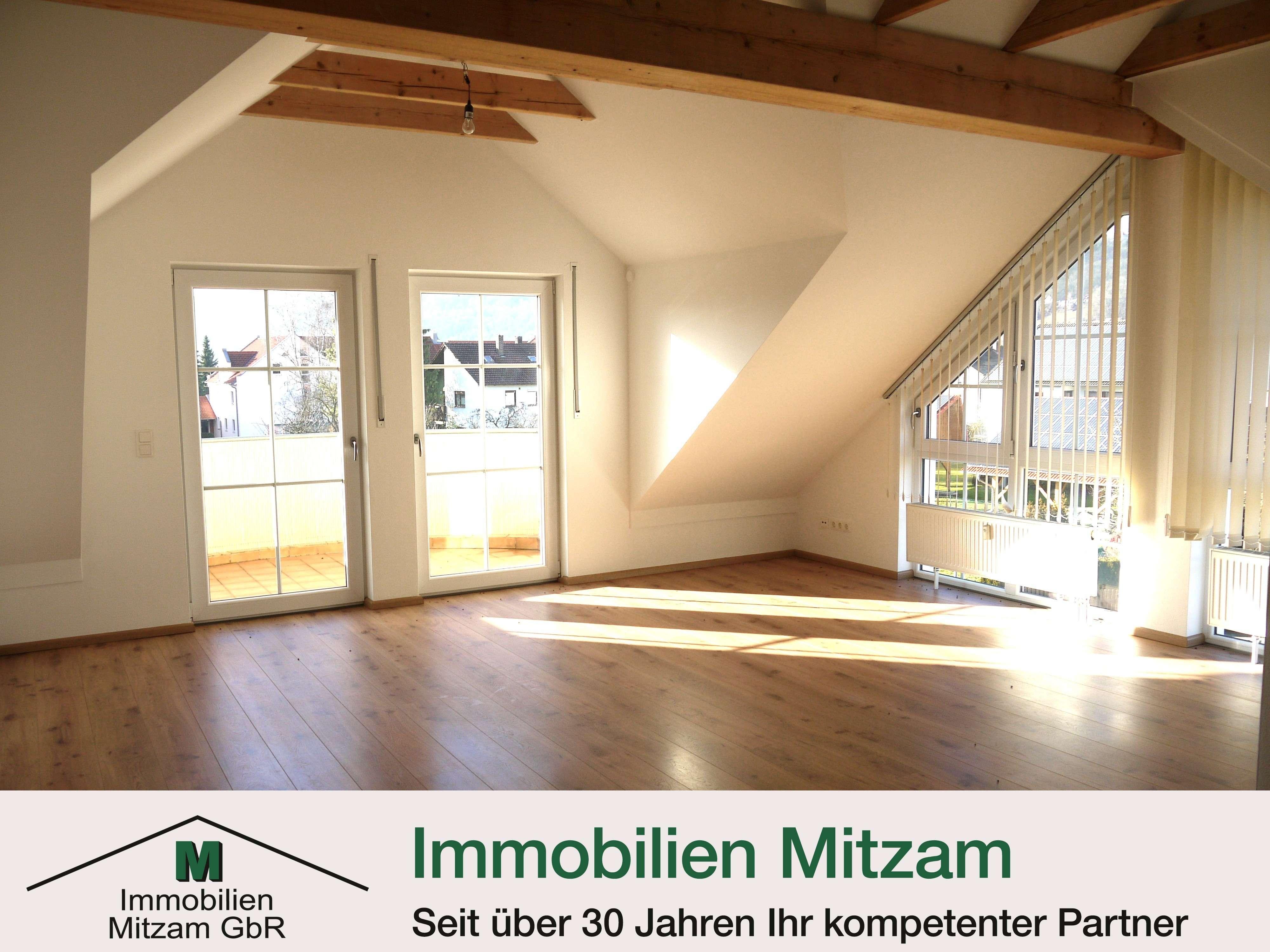 Traumhafte 3-Zimmer-Dachgeschoss-Wohnung in zentraler Lage von Beilngries in Beilngries